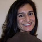 Mina Hosseinipour headshot