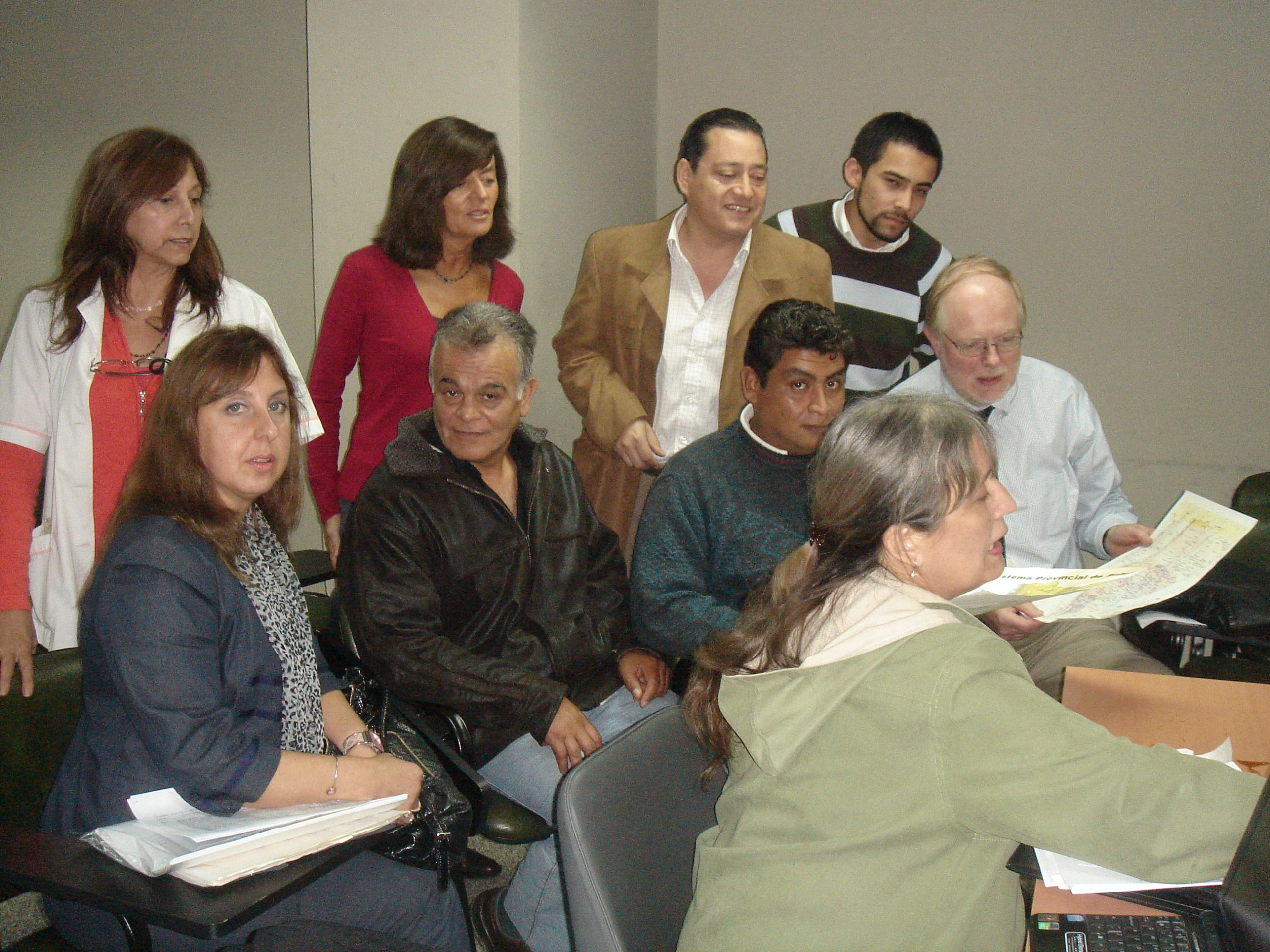 Group of Faculty and Trainees learning in Peru