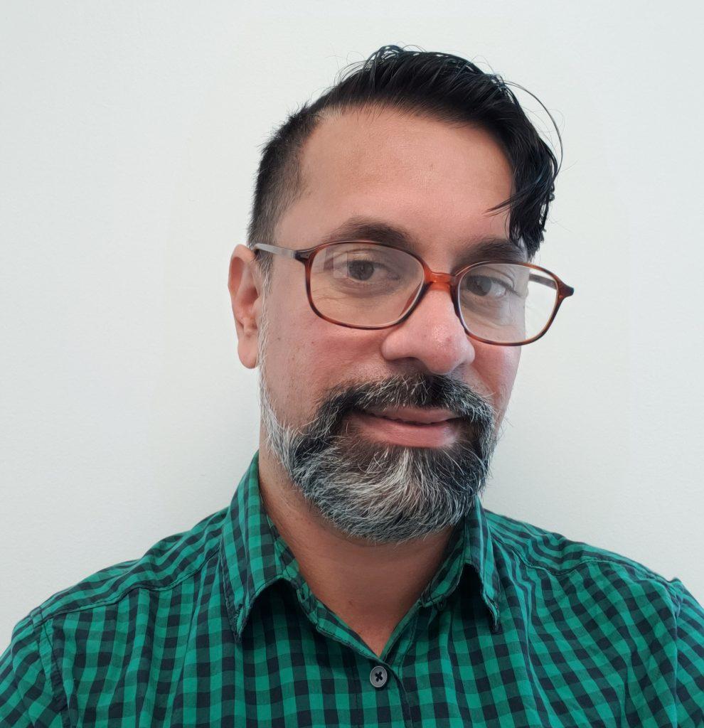 Firoz Abdoel-Wahid headshot